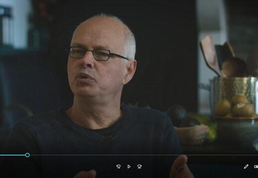 Anderhalf uur durende documentaire van Belgin Inal over Corona en Nico Sloot. Ga er maar even voor zitten De NPO had geen belangstelling voor dit project.